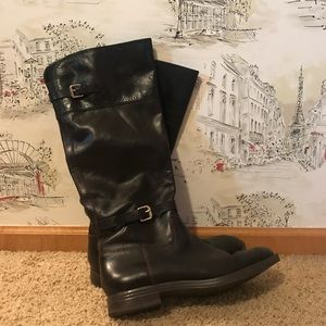 Enzo Angiolini two toned boots